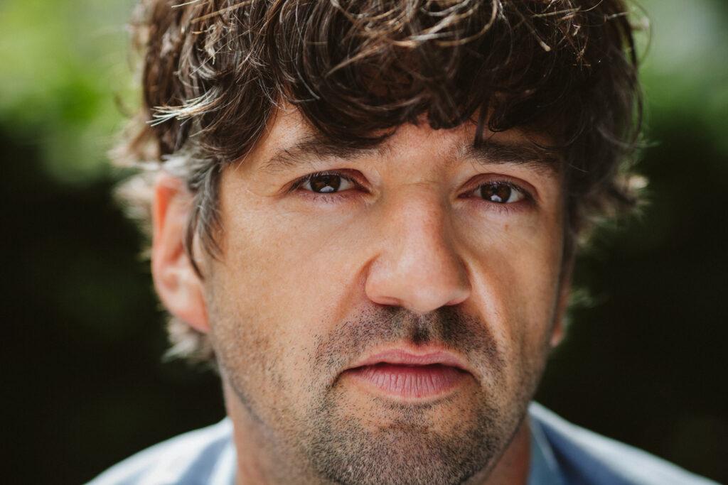 Schauspielerportrait Simon Keel